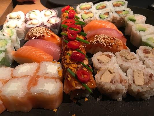 Foto di Sushi shop di Madrid    rea metropolitana de Madrid y Corredor del Henares  Comunidad de Madrid         Spagna