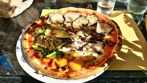 Foto di Pizzeria 4s di Giacomelli Livio di Cividale del Friuli  UTI del Natisone  Friuli Venezia Giulia         Italia