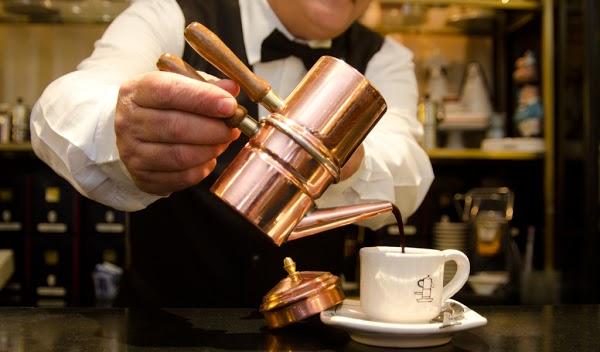 Foto di Gran Caff%E8 La Caffettiera di Napoli  Campania  Italia