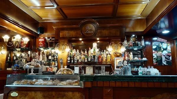 Foto di Bar Louis di Louis di Paesano Daniele %26 co di Napoli Centro direzionale  Autostrada del Sole  Ponticelli  Municipalit      Napoli  Campania         Italia