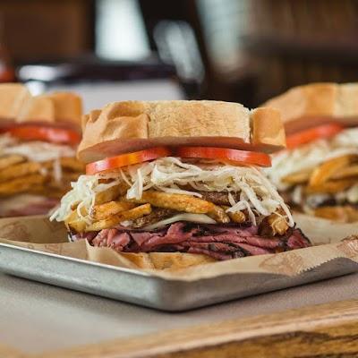 Foto di Primanti Bros. Restaurant and Bar Strip District di Pittsburgh  Allegheny County  Pennsylvania  Stati Uniti d America
