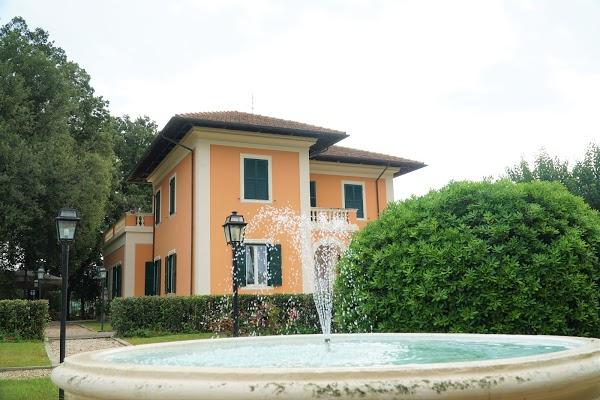 Foto di Villa Giuseppe Bernabei - Country %26 Guest House di Albano Laziale