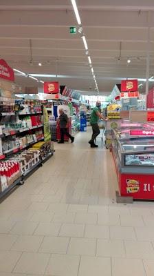 Foto di Supermercato Lidl di Vaprio d Adda  Milano  Lombardia  Italia