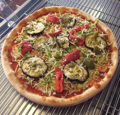 Foto di Pizza Des Costes Cornillon di ZA Castellamare  Saint Chamas  Istres  Bouches du Rh  ne  Provenza Alpi Costa Azzurra  Francia metropolitana         Francia
