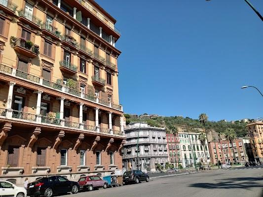 Foto di B%26B Lungomare di Piazzetta del Nilo  Vico Donnaromita  Rione Carit    Municipalit      Napoli  Campania         Italia