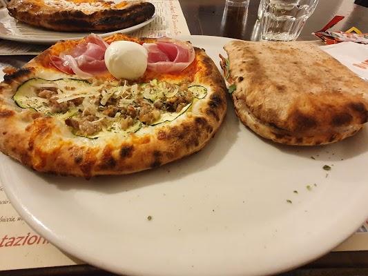 Foto di Bar pizzeria amore mio di San Nicola Baronia  Avellino  Campania  Italia