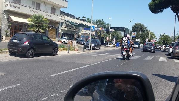 Foto di Q8 di Quarto  Napoli  Campania         Italia