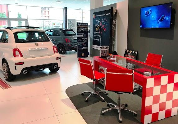 Foto di FIAT ABARTH EDA FREJUS - Est%E9rel Distribution Automobile di Saint Raphael