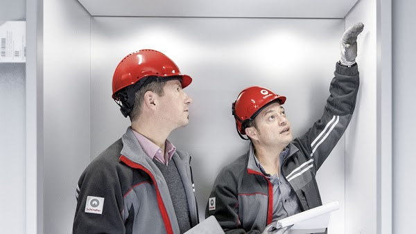 Foto di Schindler Elevators %26 Escalators in Ottawa di Ottawa  Eastern Ontario  Ontario  Canada
