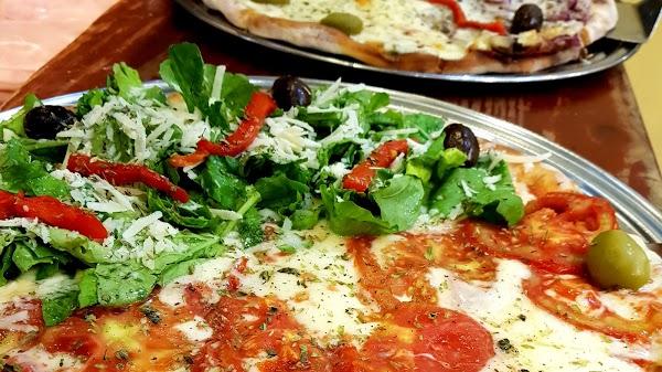 Foto di Ch%E9%21 Pizza di Nappo  Santa Fe  Villa   de Julio  El Colmenar  San Miguel de Tucum  n  Departamento Capital  Tucum  n  T      Argentina