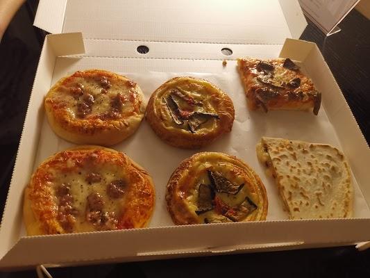 Foto di Pizza Al Taglio Severino L. di Carpi  Unione delle Terre d Argine  Modena  Emilia Romagna         Italia