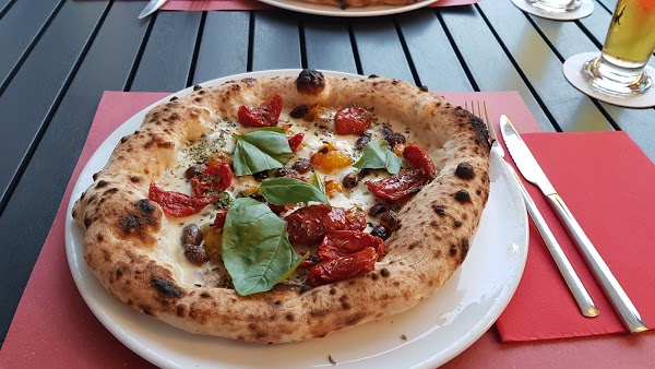 Foto di Korallo - Pizza e Drink di Trento  Territorio Val d Adige  Provincia di Trento  Trentino Alto Adige  Italia
