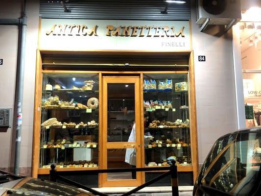 Foto di Antica Panetteria Finelli di Napoli  Campania  Italia