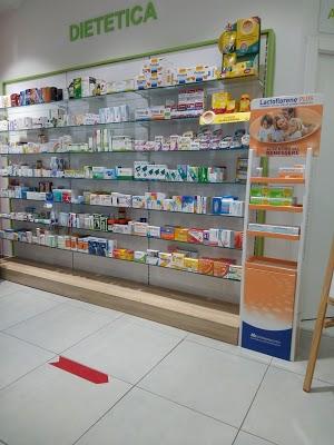 Foto di Farmacia Comunale 3 di Via Giuseppe Verdi  Limbiate  Provincia di Monza  Italia