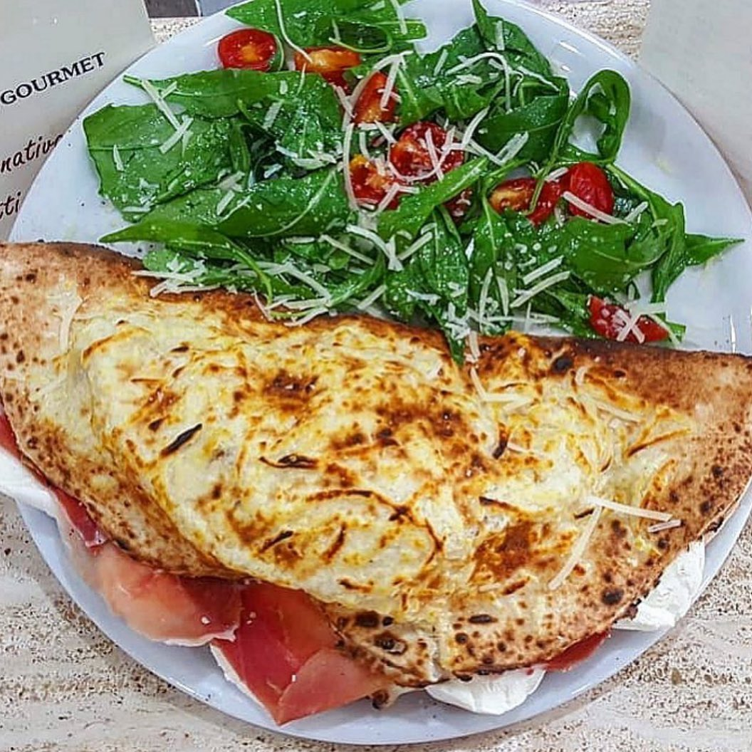 Foto di Pizzeria Il Monfortino di Caserta  Campania  Italia