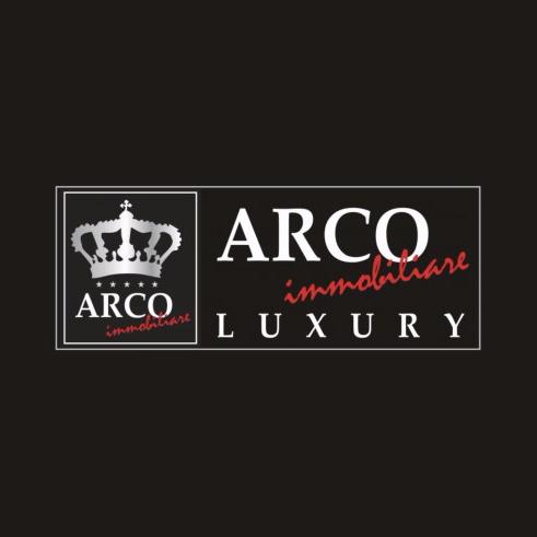 Foto di Arco immobiliare Luxry vomero di Napoli  Campania  Italia
